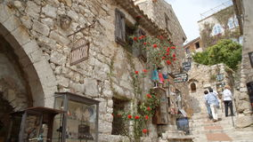 Ιστορικό ρωμαϊκό χωριό σε Eze φιλμ μικρού μήκους