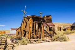 Ιστορικό σπίτι πριονιών στη πόλη-φάντασμα Καλιφόρνιας στοκ εικόνες