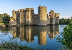 Ιστορικό Bodiam Castle και τάφρος στο ανατολικό Σάσσεξ στοκ φωτογραφία με δικαίωμα ελεύθερης χρήσης