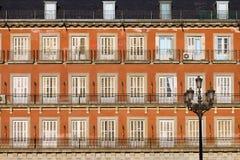ιστορικό plaza δημάρχου της Μαδρίτης προσόψεων Στοκ εικόνες με δικαίωμα ελεύθερης χρήσης
