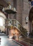 Ιστορικό pulpit στη βασιλική Archcathedral του ST Peter και του ST Paul στο Πόζναν Στοκ φωτογραφία με δικαίωμα ελεύθερης χρήσης