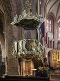 Ιστορικό pulpit στη βασιλική Archcathedral του ST Peter και του ST Paul στο Πόζναν Στοκ Φωτογραφίες