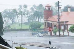 Ισχυρά μπουρίνια βροχής από τον κυκλώνα Ita στο σκέλος, Townsville Στοκ φωτογραφία με δικαίωμα ελεύθερης χρήσης