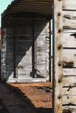 Ισχυρές γραμμές με τα βαριά χαρακτηριστικά γνωρίσματα σε αυτό το παλαιό κάρρο τραίνων Στοκ Εικόνα