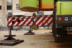 ισχυρή εργασία γερανών Στοκ φωτογραφία με δικαίωμα ελεύθερης χρήσης