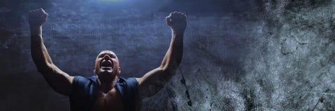Ισχυρός εορτασμός ατόμων μπόξερ με το μπλε φως Στοκ Εικόνες