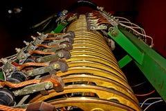 Ισχυρός ηλεκτρικός γερανός ατσάλινων σκελετών επαφών. Στοκ Φωτογραφία