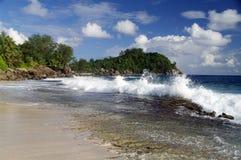 Ισχυρό κράτος θάλασσας σε Anse Bazarca, Σεϋχέλλες Στοκ φωτογραφία με δικαίωμα ελεύθερης χρήσης