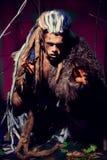 Ισχυρό werewolf, δαίμονας μεταξύ των δέντρων Στοκ φωτογραφία με δικαίωμα ελεύθερης χρήσης