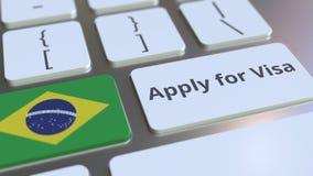 ΙΣΧΥΣΤΕ ΓΙΑ το κείμενο ΘΕΩΡΗΣΕΩΝ και τη σημαία της Βραζιλίας στα κουμπιά στο πληκτρολόγιο υπολογιστών τρισδιάστατη εννοιολογική α στοκ φωτογραφία με δικαίωμα ελεύθερης χρήσης