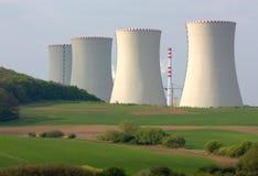 ισχύς πυρηνικών εγκαταστά& Στοκ εικόνα με δικαίωμα ελεύθερης χρήσης