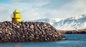 Ισλανδία Ρέικιαβικ Κίτρινος πύργος φάρων Στοκ Εικόνα