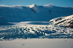 Ισλανδικός παγετώνας στο ηλιοβασίλεμα στοκ εικόνες