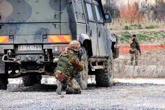 Ιταλία, αστραπή τμημάτων στρατιωτικών ασκήσεων αλεξιπτωτιστών Στοκ Φωτογραφίες