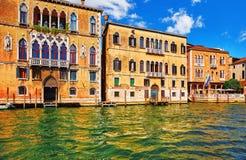 Ιταλία Βενετία Μεγάλη παλαιά αρχιτεκτονική καναλιών στοκ φωτογραφία με δικαίωμα ελεύθερης χρήσης
