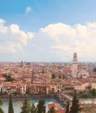 Ιταλία Βερόνα Εναέρια άποψη με τον ποταμό και Ponte Di Pietra Adige Στοκ φωτογραφία με δικαίωμα ελεύθερης χρήσης