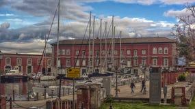 Ιταλία, Νάπολη, λιμένας 02.01.2018 της Νάπολης, Ιταλία στην Ευρώπη με Στοκ φωτογραφίες με δικαίωμα ελεύθερης χρήσης