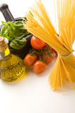 ιταλικά ζυμαρικά συστατ&io Στοκ εικόνες με δικαίωμα ελεύθερης χρήσης