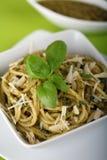 ιταλικά μακαρόνια pesto ζυμαρικών Στοκ εικόνες με δικαίωμα ελεύθερης χρήσης