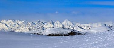 Ιταλικές Άλπεις το χειμώνα στοκ φωτογραφίες