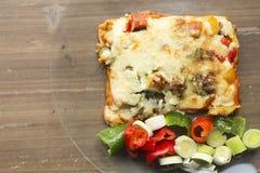 Ιταλική γαστρονομία αποκαλούμενη lasagna στοκ εικόνες