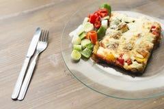 Ιταλική γαστρονομία αποκαλούμενη lasagna στοκ εικόνα