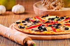 ιταλική πίτσα σκόρδου Στοκ εικόνα με δικαίωμα ελεύθερης χρήσης