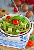 Ιταλική πράσινη σαλάτα Bens και πατατών στοκ εικόνα