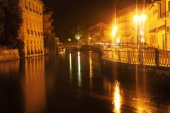 Ιταλική πόλη στη νύχτα Στοκ φωτογραφία με δικαίωμα ελεύθερης χρήσης