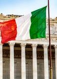 Ιταλική σημαία, υπαίθρια στοκ φωτογραφίες
