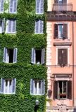 Ιταλικό κτήριο στη Ρώμη Στοκ εικόνα με δικαίωμα ελεύθερης χρήσης