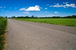 ιταλικό οδικό χωριό Στοκ εικόνα με δικαίωμα ελεύθερης χρήσης