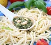 ιταλικό pesto ζυμαρικών Στοκ φωτογραφία με δικαίωμα ελεύθερης χρήσης