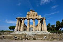 Ιταλία, Campania, Paestum - ναός Αθηνάς στοκ εικόνα με δικαίωμα ελεύθερης χρήσης