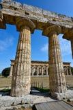 Ιταλία, Campania, Paestum - ναός Ποσειδώνα και Hera στοκ φωτογραφία με δικαίωμα ελεύθερης χρήσης