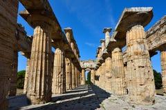 Ιταλία, Campania, Paestum - ναός Ποσειδώνα στοκ εικόνες με δικαίωμα ελεύθερης χρήσης