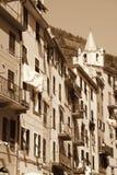 Ιταλία Cinque terre Χωριό Riomaggiore Στη σέπια που τονίζεται αναδρομικός Στοκ Εικόνα