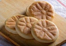 Ιταλικά γαστρονομικά τρόφιμα οδών: Tigelle, Αιμιλία-Ρωμανία Στοκ Φωτογραφία