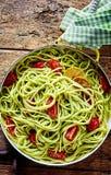 Ιταλικά ζυμαρικά με το αχλάδι και το λεμόνι αβοκάντο Στοκ Εικόνα