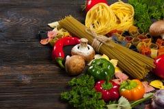 ιταλικά ζυμαρικά τρόφιμα έννοιας υγιή Στοκ φωτογραφία με δικαίωμα ελεύθερης χρήσης