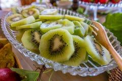 Ιταλικά ζύμες και ψωμί για τα πρόχειρα φαγητά και πρόγευμα με τα φρούτα α Στοκ Φωτογραφίες