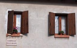 ιταλικά Windows Στοκ φωτογραφία με δικαίωμα ελεύθερης χρήσης