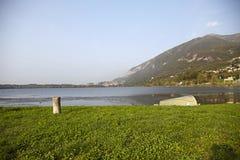 Ιταλική λίμνη Στοκ φωτογραφίες με δικαίωμα ελεύθερης χρήσης
