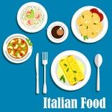 Ιταλική κουζίνα με τα ζυμαρικά και το risotto Στοκ Εικόνα