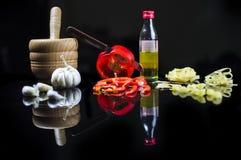 ιταλική πίτσα συστατικών τροφίμων κουζίνας παραδοσιακή Στοκ Φωτογραφία