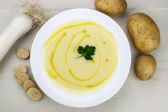 Ιταλική σούπα πατατών και πράσων Στοκ φωτογραφίες με δικαίωμα ελεύθερης χρήσης