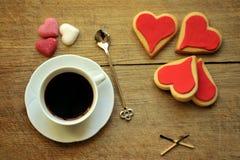 Ιταλικός καφές στο πρόγευμα με τα μπισκότα Στοκ Φωτογραφία