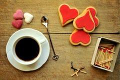 Ιταλικός καφές στο πρόγευμα με τα μπισκότα Στοκ Εικόνες