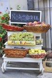 Ιταλικό κατάστημα φρούτων στοκ εικόνα με δικαίωμα ελεύθερης χρήσης