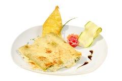 Ιταλικό πιάτο caneloni Canelones με το σπανάκι Στοκ φωτογραφίες με δικαίωμα ελεύθερης χρήσης
